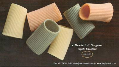 Picture of Paccheri di Gragnano Rigati Tricolore
